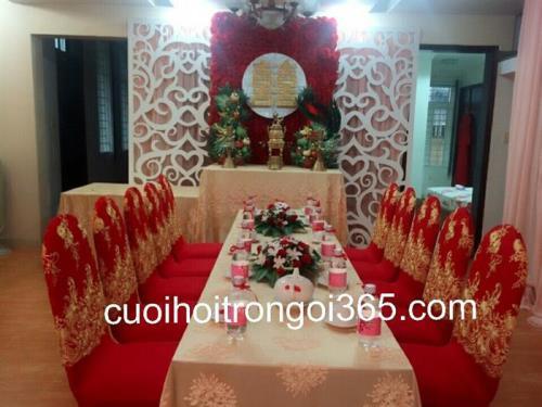 Trang trí nhà cưới hỏi trọn gói tông đỏ vàng kim sang trọng nổi bật : Mẫu cưới hỏi trọn gói 365 của công ty dịch vụ trang trí nhà tiệc cưới hỏi đẹp rẻ uy tín ở tại quận Tân Phú Sài Gòn TPHCM Gò Vấp