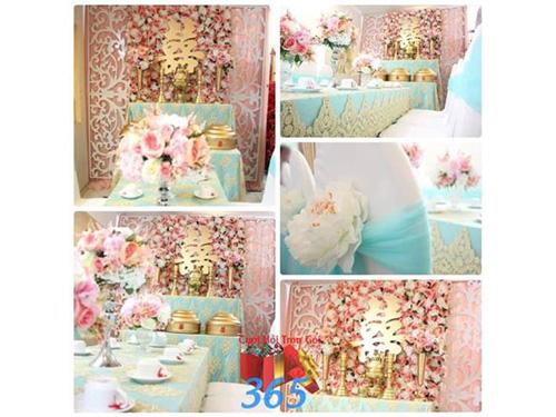 Trang trí nhà cưới hỏi tông hồng xanh từ hoa tươi và voan : Mẫu cưới hỏi trọn gói 365 của công ty dịch vụ trang trí nhà tiệc cưới hỏi đẹp rẻ uy tín ở tại quận Tân Phú Sài Gòn TPHCM Gò Vấp