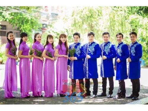 Cho thuê đồng phục phụ rể và bưng mâm quả RP36 : Mẫu cưới hỏi trọn gói 365 của công ty dịch vụ trang trí nhà tiệc cưới hỏi đẹp rẻ uy tín ở tại quận Tân Phú Sài Gòn TPHCM Gò Vấp